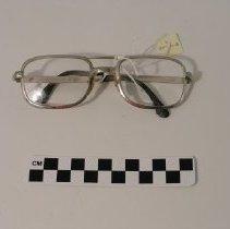 Image of 2004.031.00022 - Eyeglasses