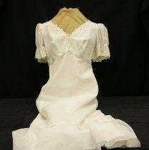Image of 2007.061.00009 - Dress, Wedding