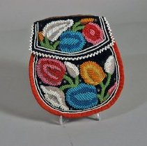 Image of Beaded pouch, 19th-c