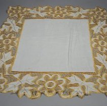 Image of 1960.013.014 - Doily