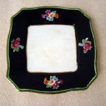 Image of 1961.024.001ab - Dish, Butter