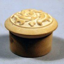 Image of 1961.027.010ab - Jar, Cosmetic
