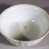 Image of 1963.034.006 - Bowl