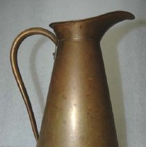Image of 1968.014.002 - Pitcher