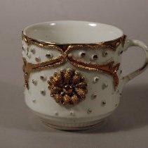 Image of 1970.054.002 - Teacup