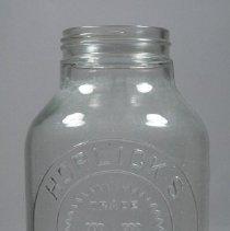 Image of 1971.076.067 - Jar