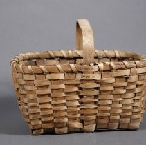 Image of 1971.078.013 - Basket, Carrying