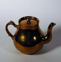 Image of 1971.120.079ab - Teapot