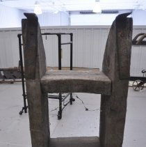 Image of Stand, Cask