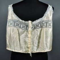 Image of 1973.106.002 - Camisole