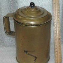 Image of 1973.115.001ab - Teapot