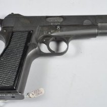 Image of 1973.122.001ab - Pistol, Semi-automatic