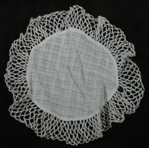 Image of 1974.013.003 - Doily