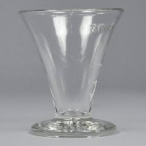 Image of Glass, Measuring