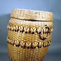 Image of 1974.083.001ab - Basket, Household