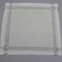 Image of 1975.051.001 - Handkerchief