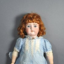 Image of 1975.083.018 - Doll