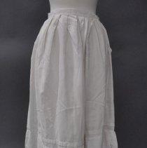 Image of 1977.064.064 - Petticoat