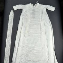 Image of 1977.064.076 - Gown, Baptismal