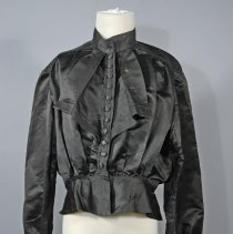 Image of 1979.017.005 - Blouse