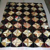 Image of 1981.074.001 - Quilt, Bed