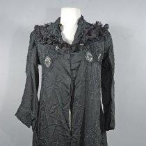 Image of 1982.061.032 - Jacket