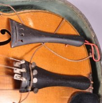 Image of 1983.030.003 - Violin