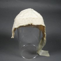 Image of 1983.105.002 - Bonnet, Baby