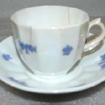 Image of 1983.128.012ab - Set, Cup and Saucer