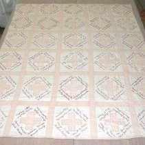 Image of 1986.036.001 - Quilt, Bed