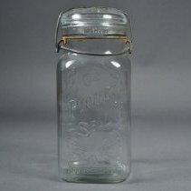 Image of 1986.040.011 - Jar, Preserving