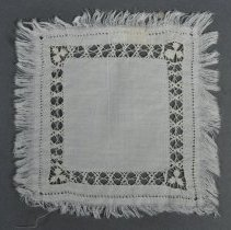 Image of 1987.032.020 - Doily
