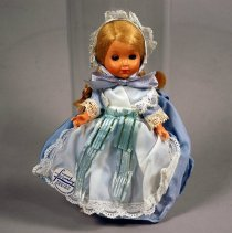 Image of 1990.006.043 - Doll
