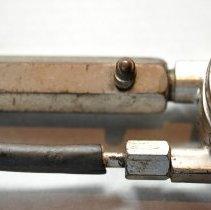 Image of Gauge, Vacuum