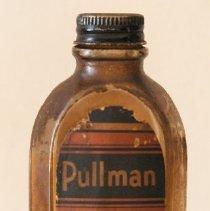 Image of 1997.012.001 - Bottle
