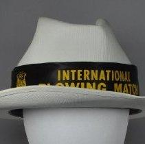 Image of 1997.042.001 - Hat