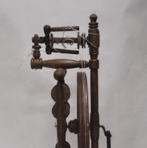 Image of Right Side View of the Sedore Spinning Wheel