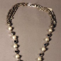 Image of 2000.003.015 - Necklace
