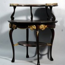 Image of 2004.008.001 - Table, Parlor