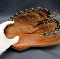 Image of Glove, Fielder's
