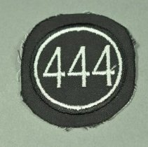 Image of 2012.075.011 - Badge, Military