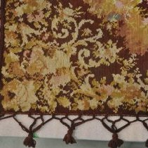 Image of Tablecloth - Corner