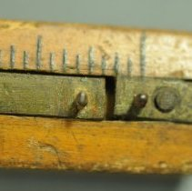 Image of Gauge, Marking - Detail of metal spurs