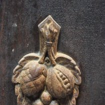 Image of Decor on the Cupboard Doors of the Sideboard