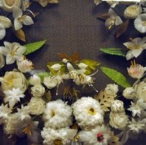 Image of Wreath, Floral - Close up