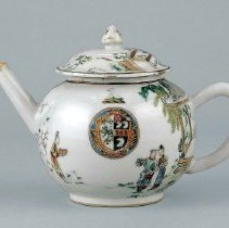 Image of R1999.8.8ab - Teapot