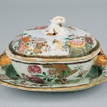 Image of R1967.1.92a-c - Sauce Tureen and Stand