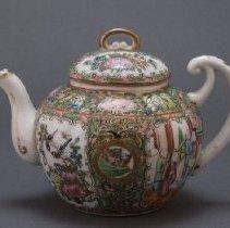 Image of R1993.10.4ab - Teapot