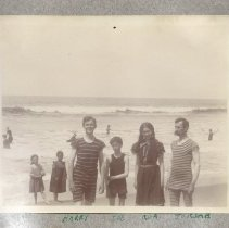 Image of Family at the Beach Photo 1 - 2017.72.01