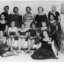 Image of 1121-100_0057 - Women in Formal Attire